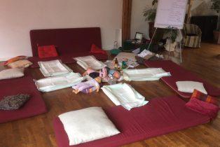 Amandine Ventadour consultante en parentalité - atelier massage formation