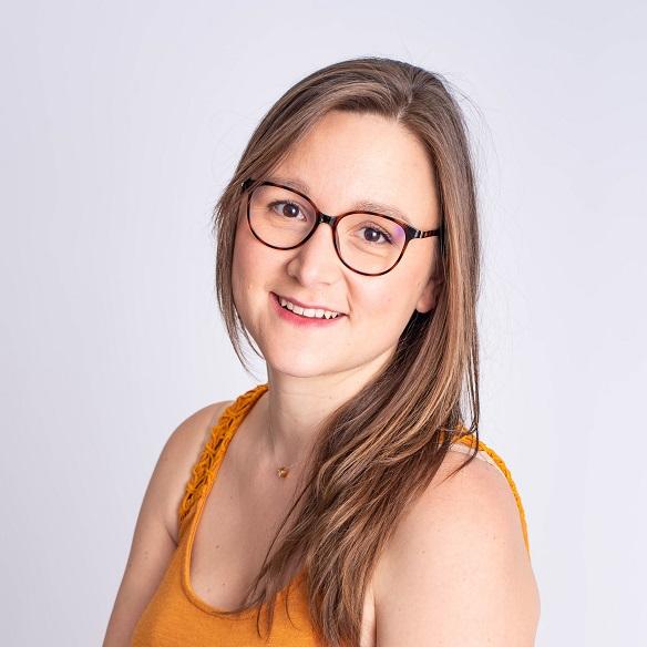 Amandine Ventadour consultante en parentalité - Amandine Ventadour